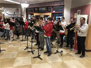 Masco Band Plays at School Entrance